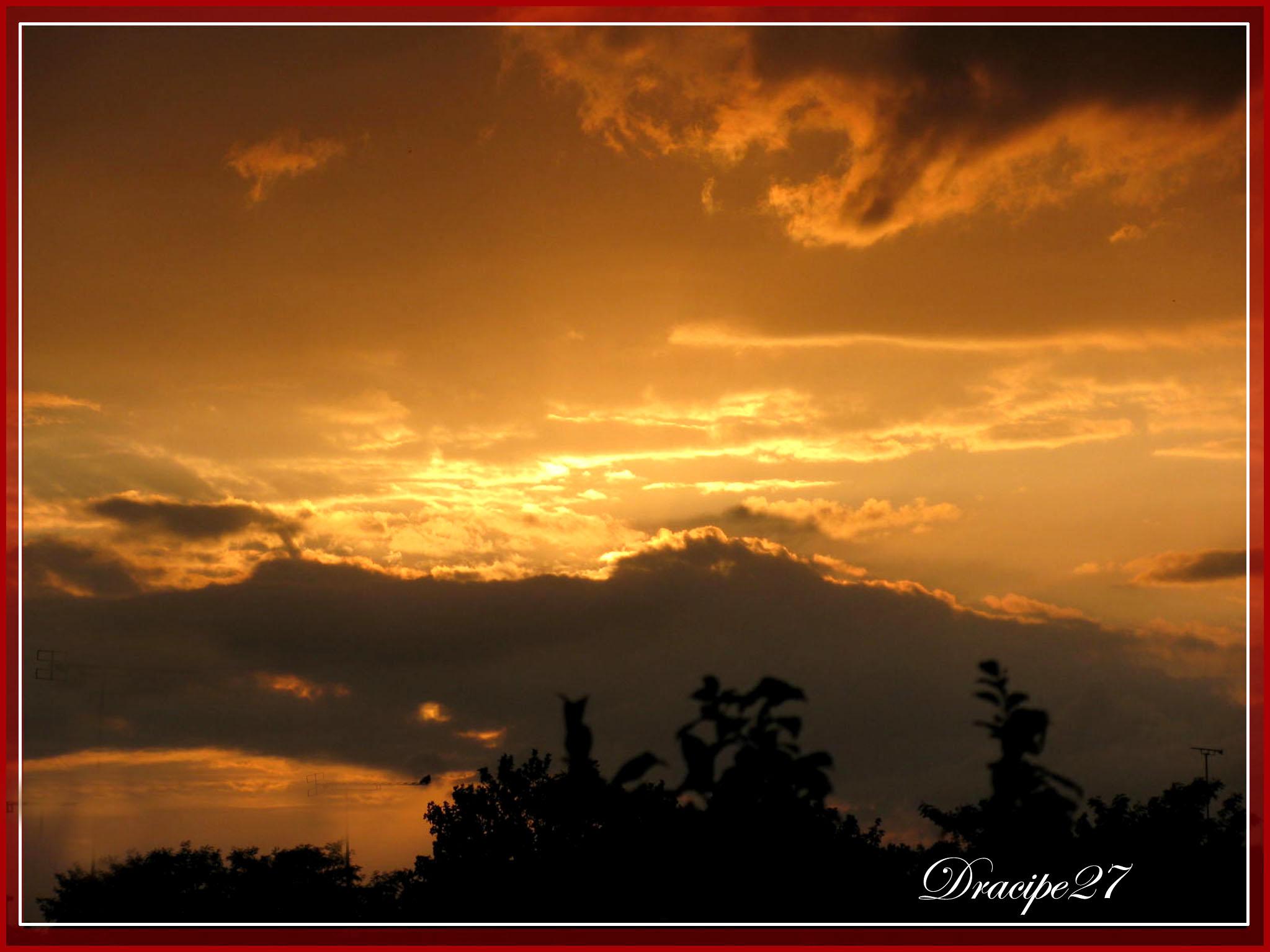 Soleil couchant en berry le blog de dracipe27 - Le soleil se couche a l ouest ...