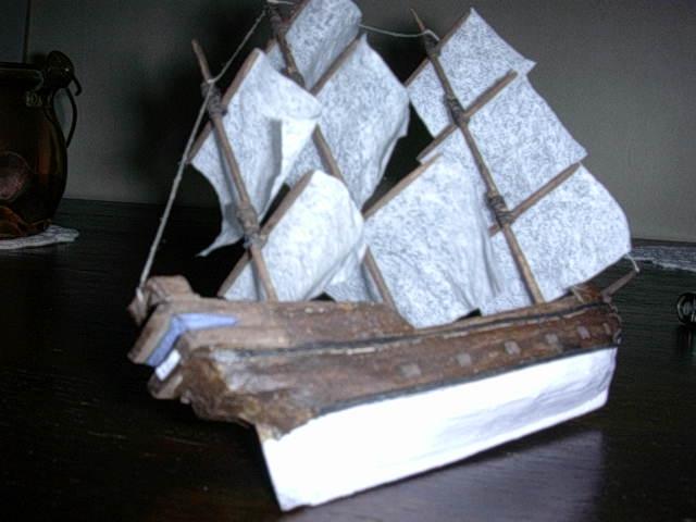 voilier le black pearl en papier 090714095435757124069448