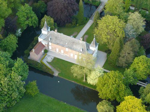 Kastelen en herenhuizen van Frans-Vlaanderen 090725033119440054132565