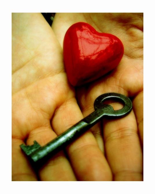 Le secret du Bonheur est dans tes mains.. dans Non classé 09072808434720714148679