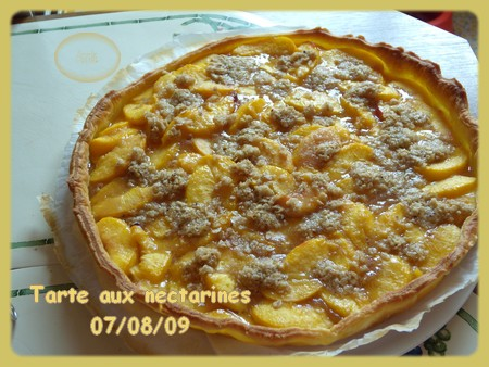 Tarte aux nectarines + photos 090807084230683834211663