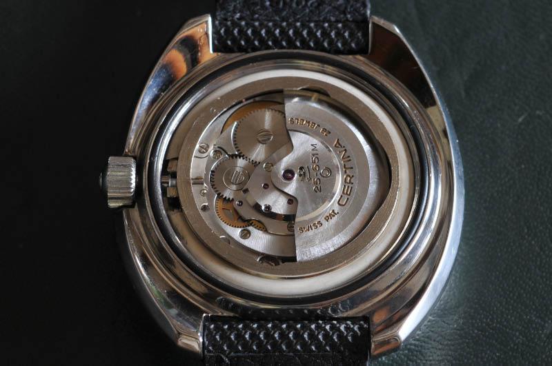 69b2118f43 uzi-protector-montre-tritium-watch-blue-dial-uzi004n-bracelet-velcro