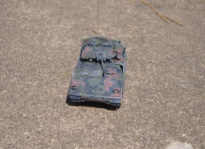 M2A2 Bradley 1/72 Revell 090808030349588624215068