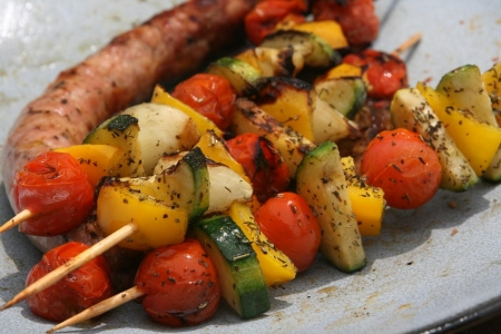 Brochettes de legumes marines dans party 090819023053133814280040