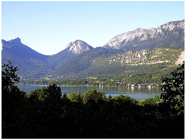 Lac Annecy 090920060544139004489476