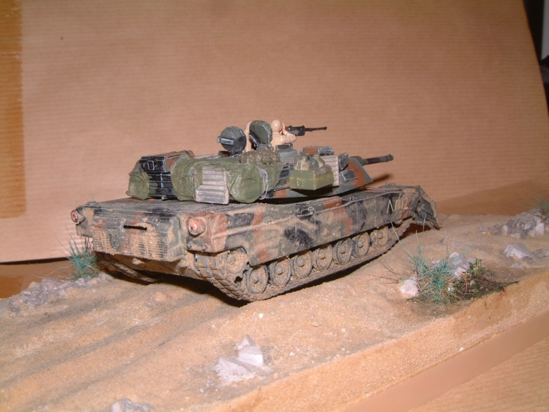 M1A1 with mine plough (1/72 DRAGON) 091010100653588624612890