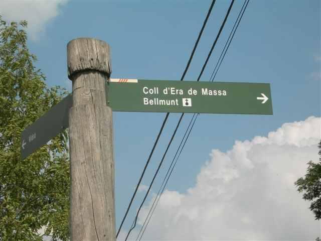 Panneau directionnel vers Coll d'Era de Massa