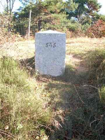 Coll de la Pedra Dreta - ES-GI-1013 (Borne frontière 545)