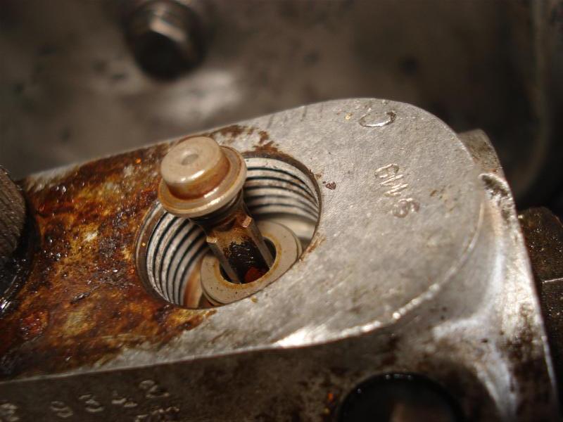 amorcage pompe injection 421 sur moteur 616.911 09102810341845864736827