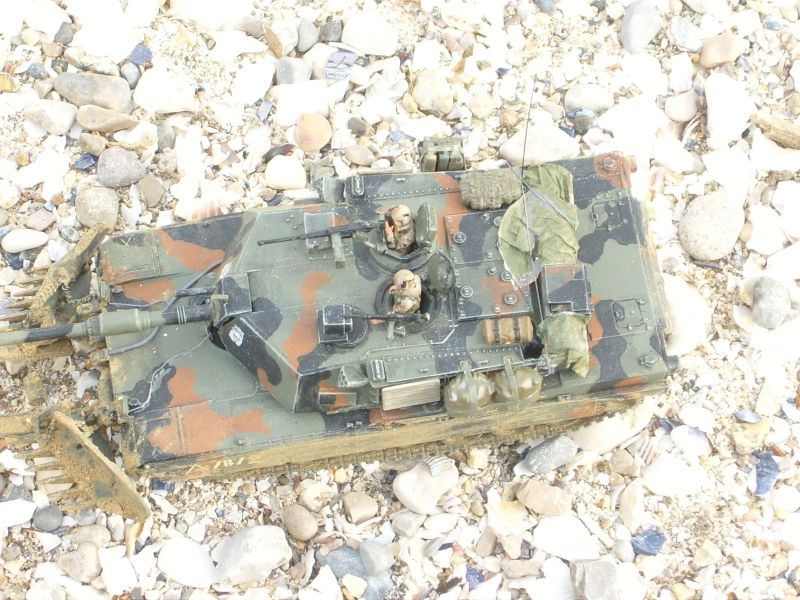 M1A1 with mine plough (1/72 DRAGON) 091105024411588624790585