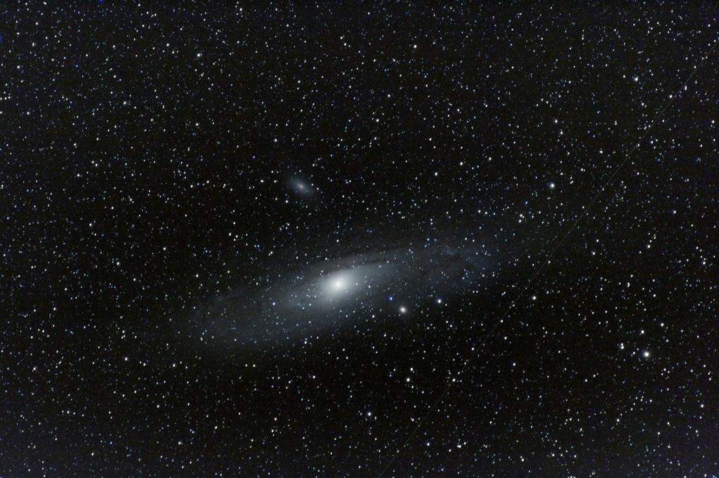 M31 à 300mm de focale 09110608095140454798978