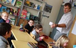 Het Frans-Vlaams in ons onderwijs systeem - Pagina 4 091111022715440054834055
