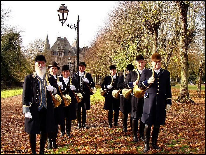 Veneurs au château de Ham-sur-Heure, Belgique, photographiés par Fabienne BLYAU