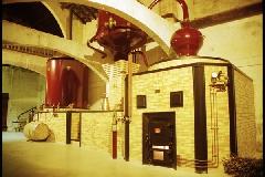 viree09 CEcognac - 3 Cognac Martell alenbic1