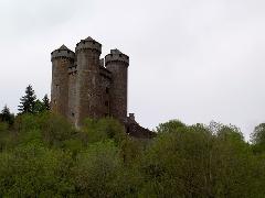 vac06 cantal - Chateau d' Anjony