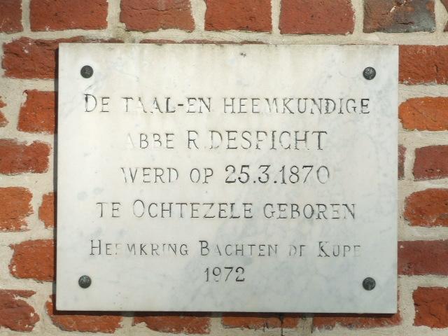 Frans-Vlaamse en oude Standaardnederlandse teksten en inscripties - Pagina 4 091204042755440054987022