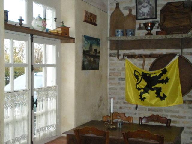 """""""In de nieuwe Smisse"""", de Vlaamse herberg van Leffrinkhoeke 091206073304440055005125"""