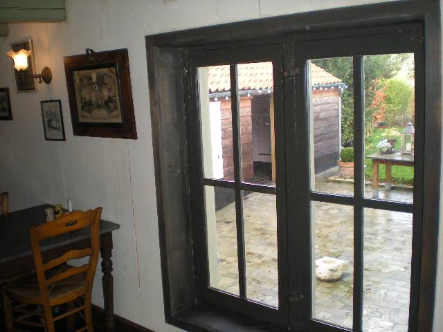 """""""In de nieuwe Smisse"""", de Vlaamse herberg van Leffrinkhoeke 091206073734440055005199"""