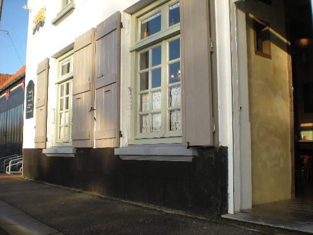 """""""In de nieuwe Smisse"""", de Vlaamse herberg van Leffrinkhoeke 091206074342440055005284"""