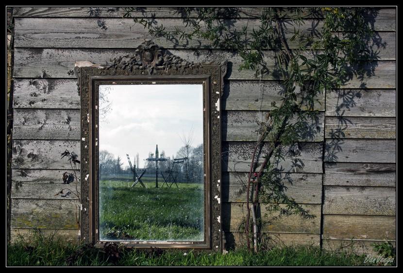 Défi 027 : paysage et miroir, pour voir hors-cadre 091216085813440185065252