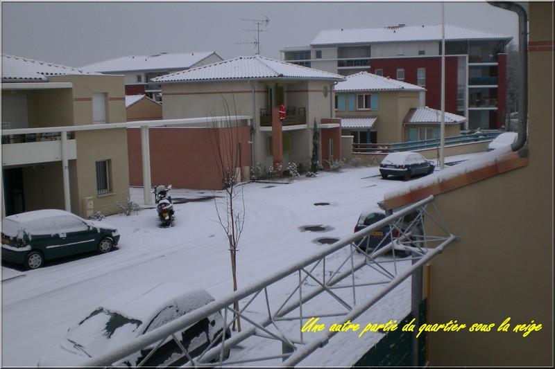 http://nsm02.casimages.com/img/2009/12/18/091218082130117955083238.jpg