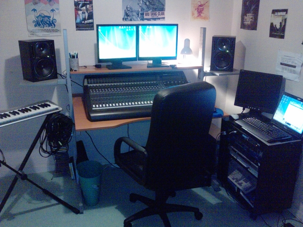 Photos de votre home studio 091220043133237195094458