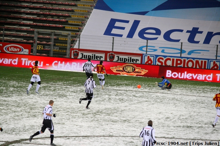 R.Charleroi.S.C. - F.C.Malines. [Photos][2-5] 091224013948533125116300