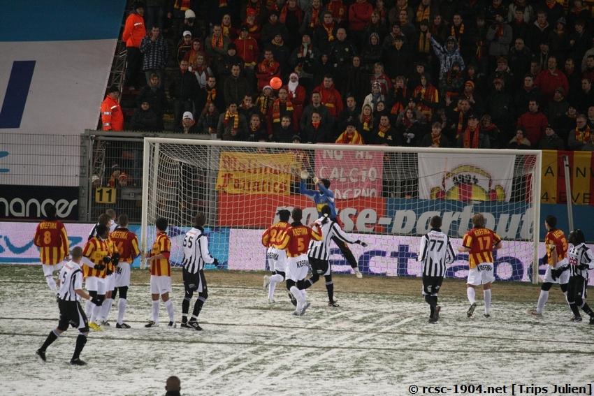 R.Charleroi.S.C. - F.C.Malines. [Photos][2-5] 091224014321533125116325
