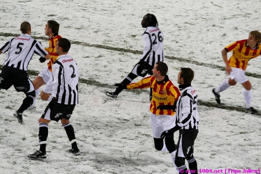 R.Charleroi.S.C. - F.C.Malines. [Photos][2-5] 091224014340533125116326
