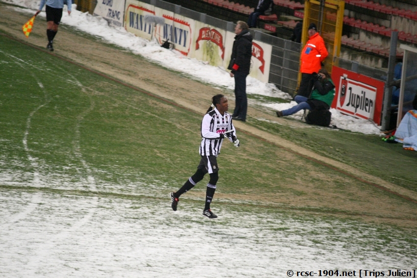 R.Charleroi.S.C. - F.C.Malines. [Photos][2-5] 091224015041533125116343