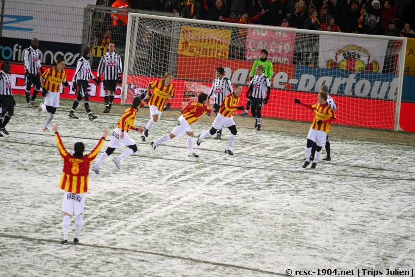 R.Charleroi.S.C. - F.C.Malines. [Photos][2-5] 091224015306533125116354
