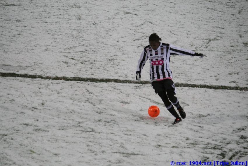 R.Charleroi.S.C. - F.C.Malines. [Photos][2-5] 091224020228533125116386