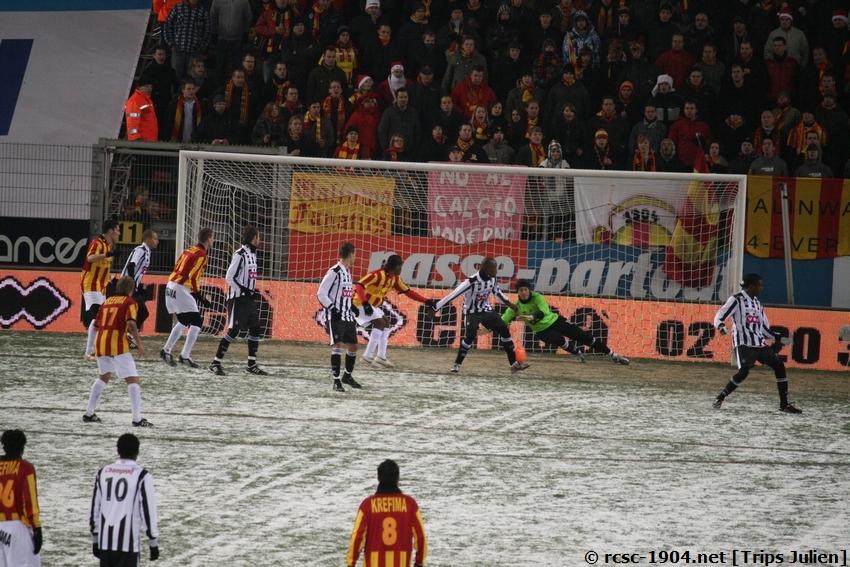 R.Charleroi.S.C. - F.C.Malines. [Photos][2-5] 091224020408533125116392