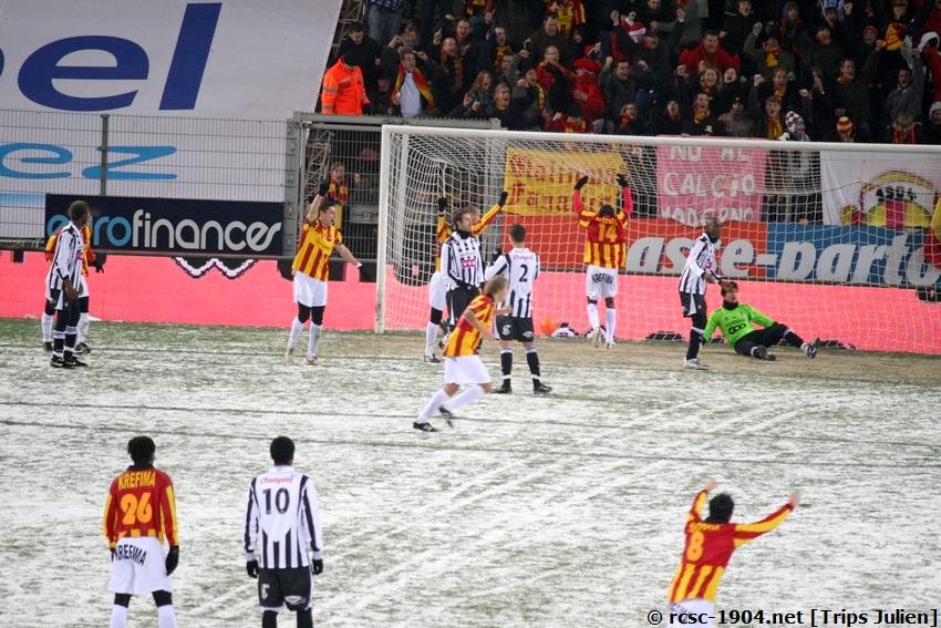 R.Charleroi.S.C. - F.C.Malines. [Photos][2-5] 091224020429533125116393