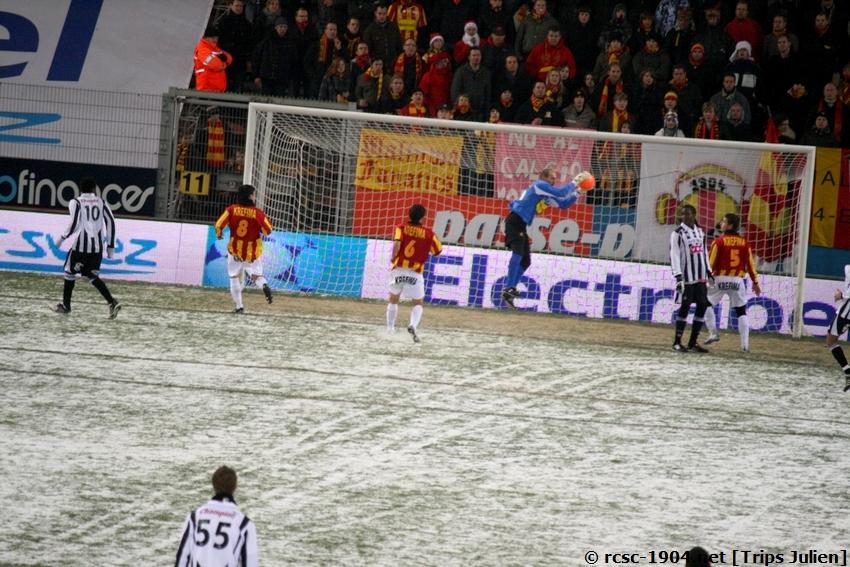 R.Charleroi.S.C. - F.C.Malines. [Photos][2-5] 091224020521533125116396