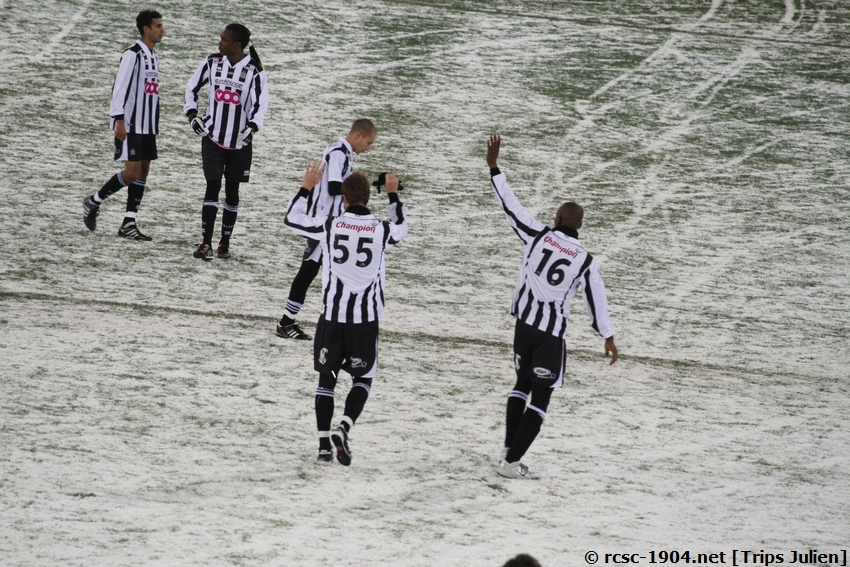 R.Charleroi.S.C. - F.C.Malines. [Photos][2-5] 091224020741533125116406