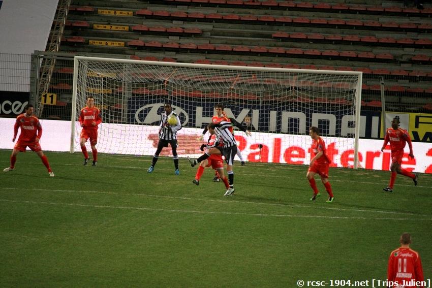 R.Charleroi.S.C - K.S.V.Roulers [Photos] [3-0] 091227010004533125128933