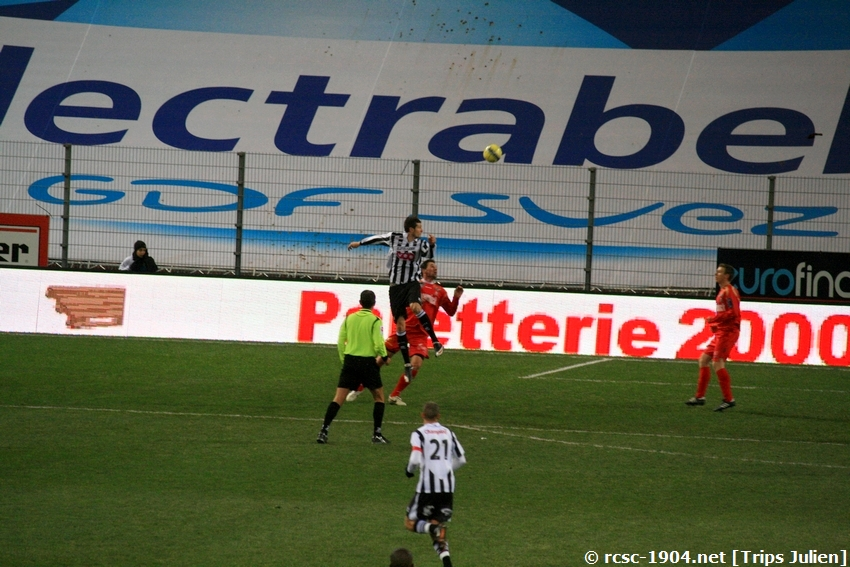 R.Charleroi.S.C - K.S.V.Roulers [Photos] [3-0] 091227010018533125128934