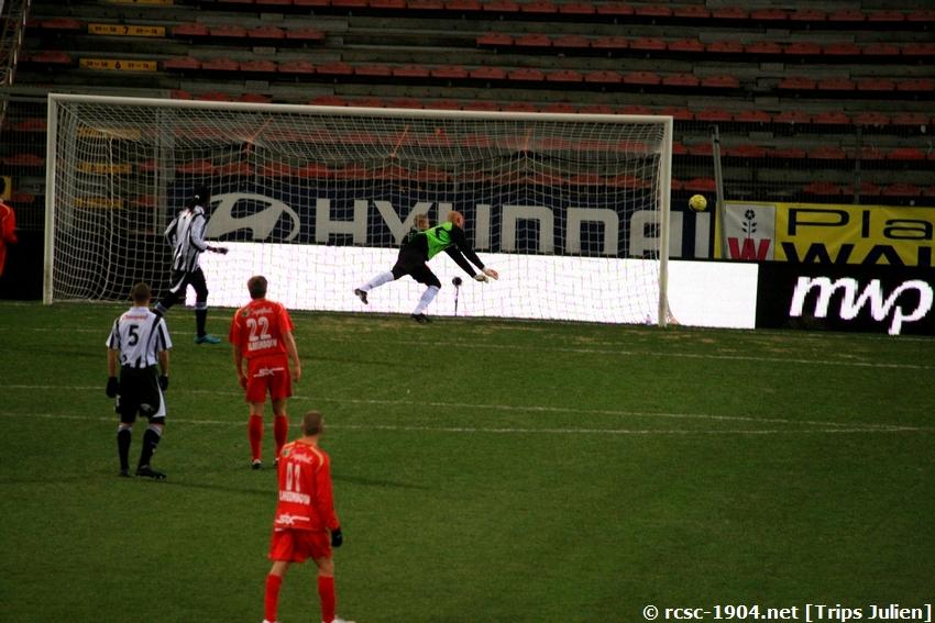 R.Charleroi.S.C - K.S.V.Roulers [Photos] [3-0] 091227010047533125128936