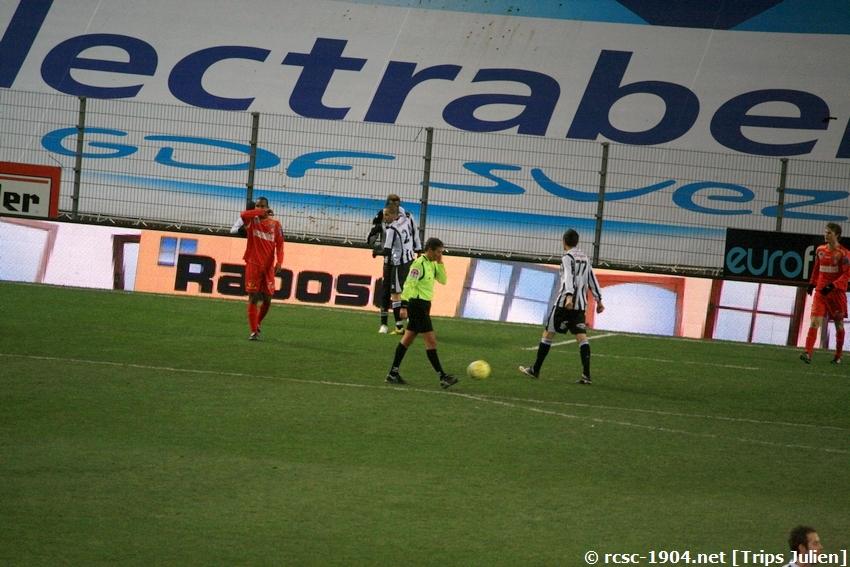 R.Charleroi.S.C - K.S.V.Roulers [Photos] [3-0] 091227010222533125128944