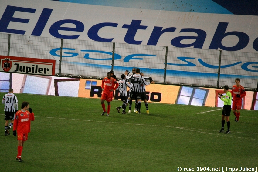 R.Charleroi.S.C - K.S.V.Roulers [Photos] [3-0] 091227010238533125128945