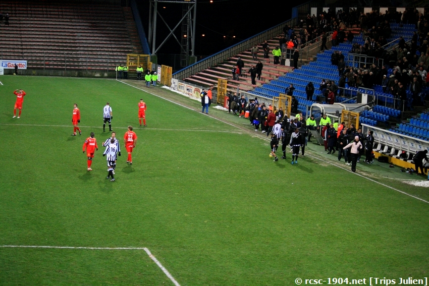 R.Charleroi.S.C - K.S.V.Roulers [Photos] [3-0] 091227010317533125128947