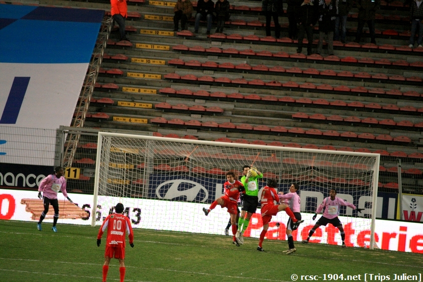 R.Charleroi.S.C - K.S.V.Roulers [Photos] [3-0] 091227125327533125128903