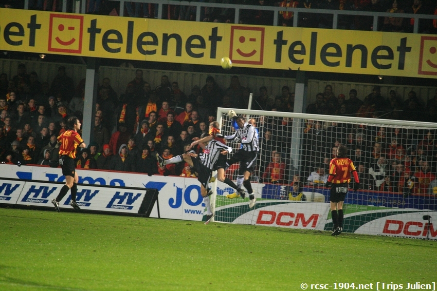 F.C.Malines. - R.Charleroi.R.C.  [Photos][1-0] 091231012450533125153281