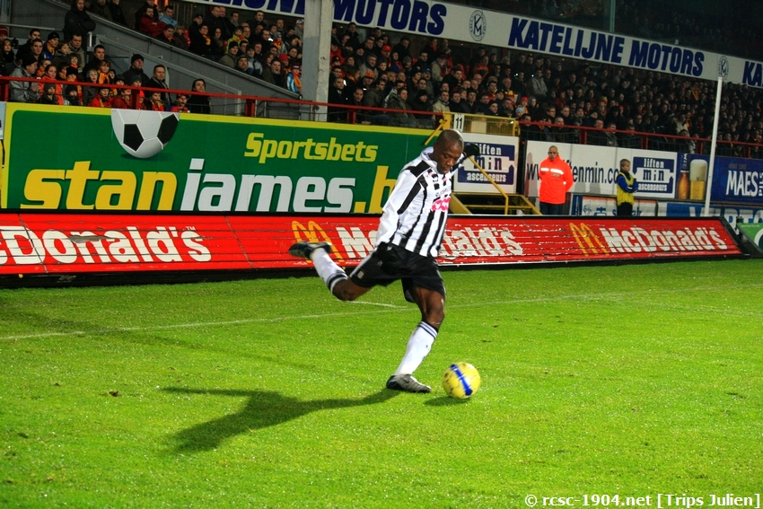 F.C.Malines. - R.Charleroi.R.C.  [Photos][1-0] 091231012618533125153288