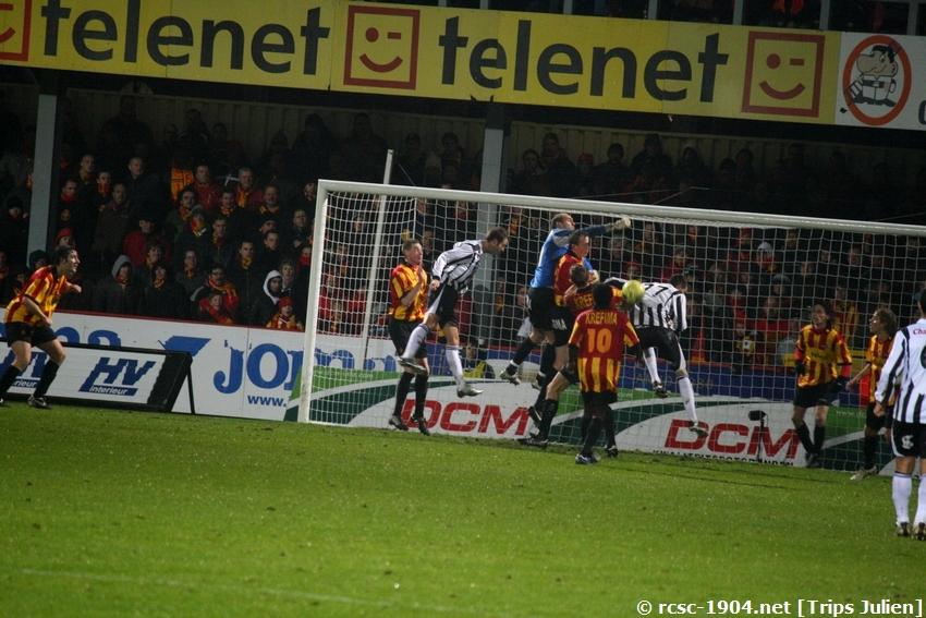 F.C.Malines. - R.Charleroi.R.C.  [Photos][1-0] 091231012711533125153293