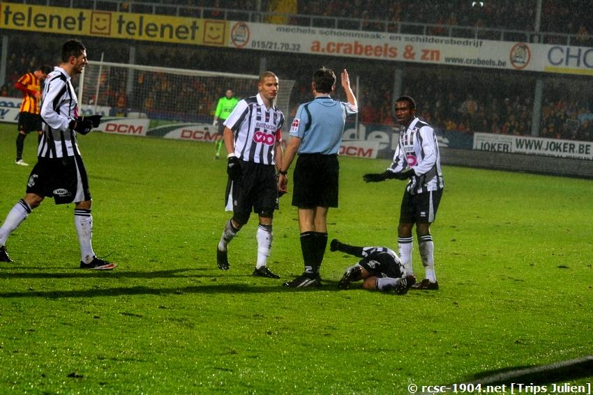 F.C.Malines. - R.Charleroi.R.C.  [Photos][1-0] 091231012857533125153302