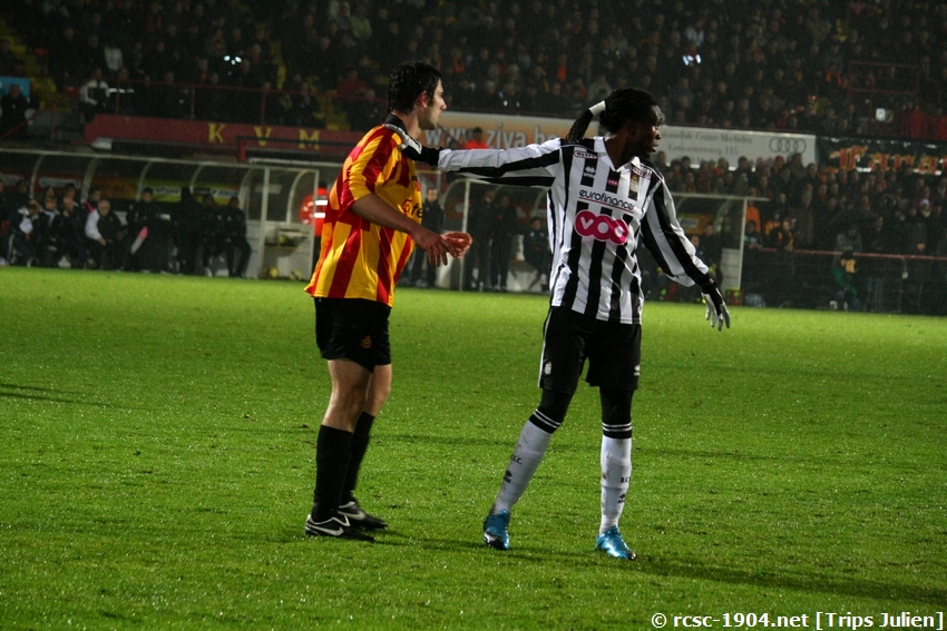 F.C.Malines. - R.Charleroi.R.C.  [Photos][1-0] 091231012930533125153303