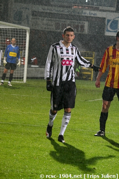 F.C.Malines. - R.Charleroi.R.C.  [Photos][1-0] 091231013130533125153316