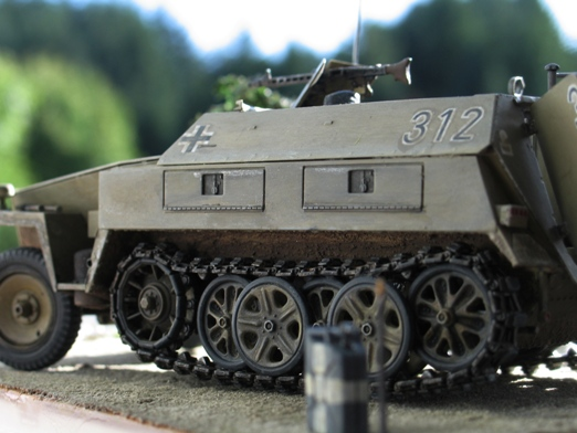 sdkfz 250/1 'neue' Dragon 1/35 100114125437667015243445